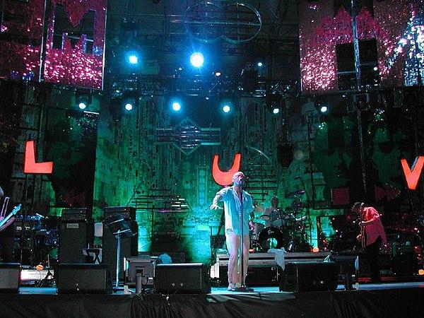 Photo R.E.M. via Wikidata