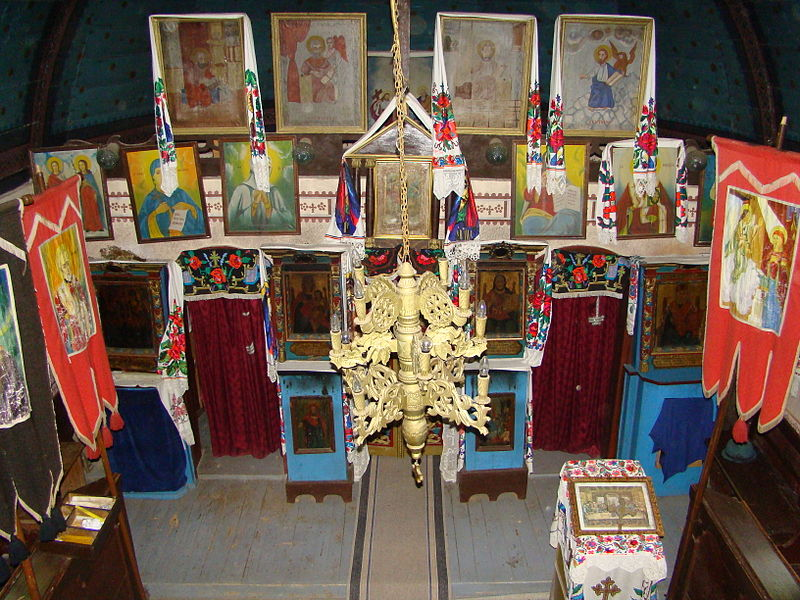 Fișier:RO MM Costeni St Nicholas wooden church 7.jpg