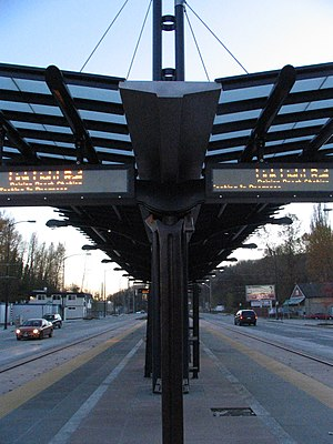 Rainier Beach station - The station's platform, 2009