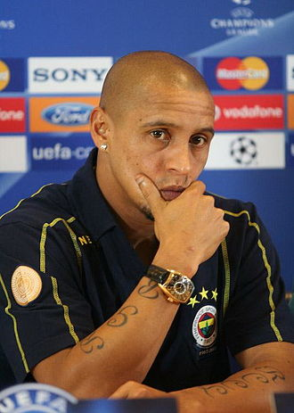 Fenerbahçe S.K. (football) - Roberto Carlos played for the club between 2007 and 2009