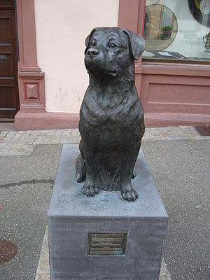 Rottweil - Image: Rottweiler Denkmal in Rottweil