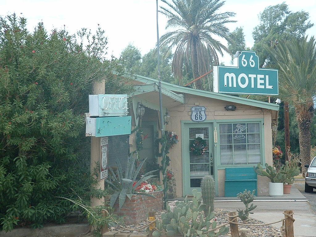 Motel  Mojave Ca