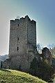 Ruine Sturmberg - Turm und Mauerrest.jpg