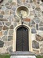 Sääksmäen kirkon ovi.jpg