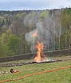 Sękowa, odwiert Franciszek, erupcja ropy i gazu (HB2).jpg