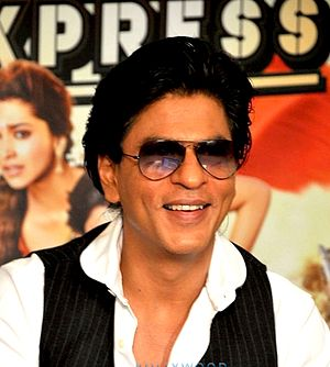 Chennai Express - Image: SRK at CE promotion