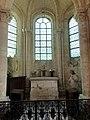 Saint-Germer-de-Fly (60), abbatiale, déambulatoire, chapelle rayonnante nord-est, vue vers le chevet.jpg