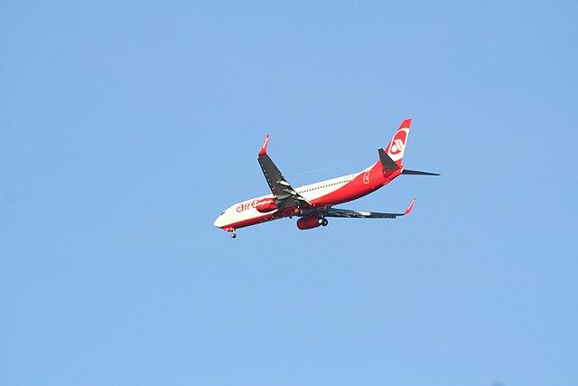 samolot biało czerwony