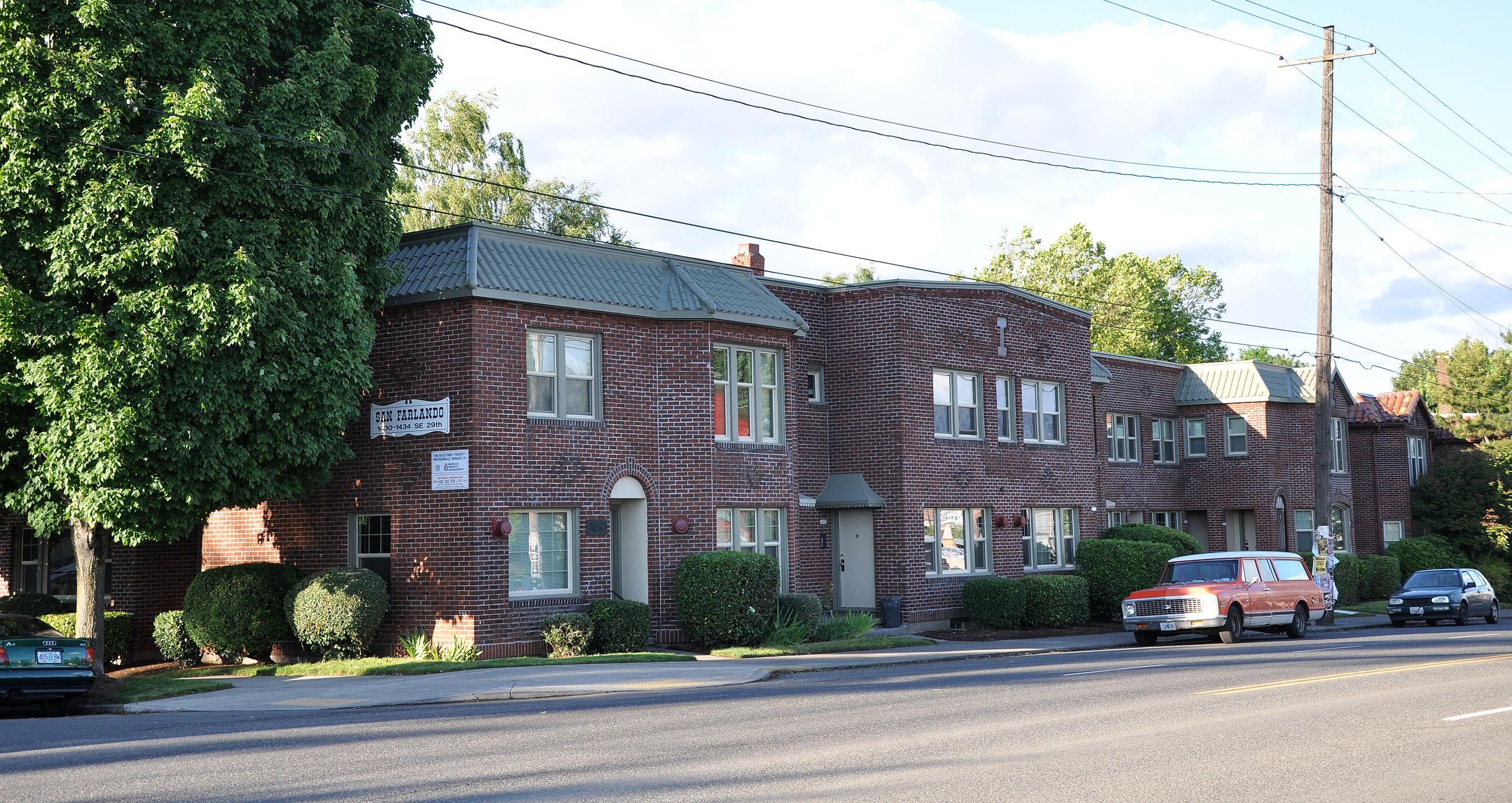 San Farlando Apartments