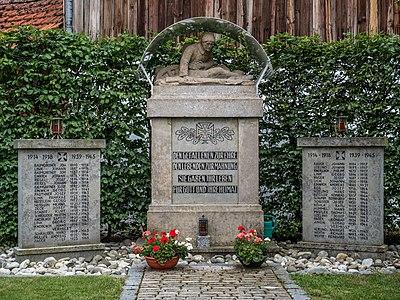 War memorial in Schammelsdorf