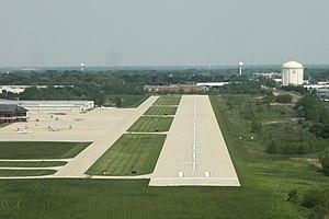 Schaumburg Regional Airport - Image: Schaumburg Airport