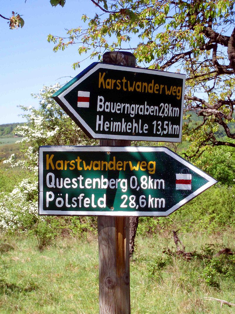 Der Karstwanderweg  800px-Schild_Karstwanderweg