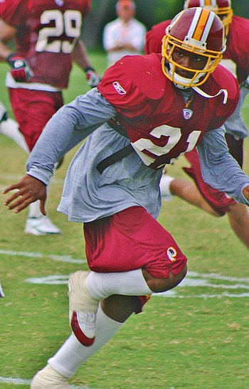 Sean Taylor (en) with the Washington Redskins ...