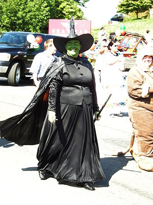 Woman dressed as the Wicked Witch of the West ...