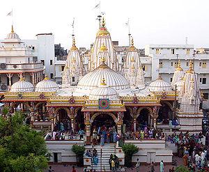 Kalupur Swaminarayan Mandir - The headquarters of the Narnarayan Dev Gadi