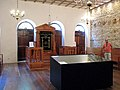 Sinagoga Kahal zur Israel, salão com arca.JPG
