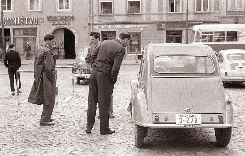Citroen 2CV, en Eslovenia, en 1959.