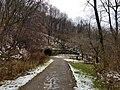 Staple Bend Tunnel East Approach.jpg