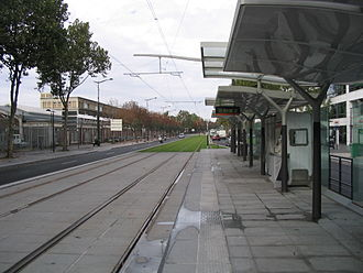 Balard (Paris Métro) - Image: Station balard tramway t 3 A PARIS 19 octobre 2006