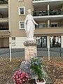 Statue Vierge Marie Rue 19 Mars 1962 Vonnas 3.jpg