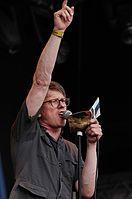 Stephan Rath (Die Goldenen Zitronen) (Haldern Pop 2013) IMGP3624 smial wp.jpg