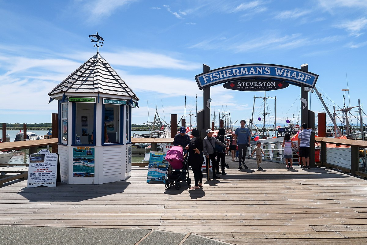 Steveston Fisherman Wharf signage 2018.jpg