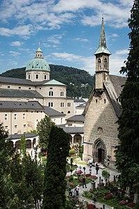Stift Sankt Peter (5).jpg