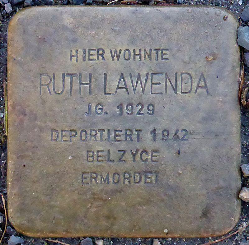 Stolperstein für Ruth Lawenda (Blumenauer Str. 5)