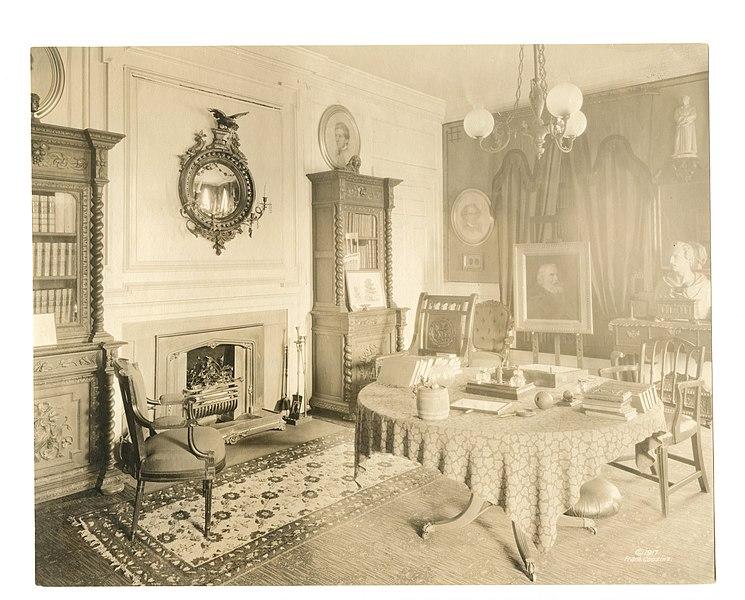 File:Study in Longfellow House, 1917 (a56b21de-6b8e-45f7-b4f9-c8a3ca073dac).jpg
