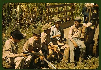 Sugar cane workers in Puerto Rico, 1941 Sugar cane workers resting 1a34016v.jpg