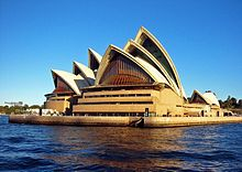 Sydney Opera House on Sydney Opera House     Wikipedia