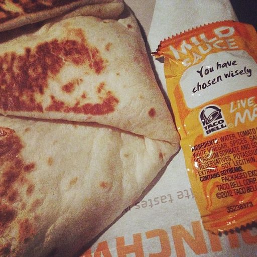 Taco Bell Crunchwrap Supreme and Taco Sauce 2014-03-19 1395235659