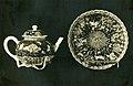 Teapot (a) and saucer (b) MET SF-1975-1-1724.jpg