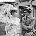 Televisierepetitie Een mooie zondag in september . Myra Ward en Jules Croiset, Bestanddeelnr 912-6053.jpg