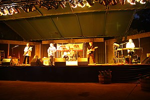 The Greg Kihn Band 2008.jpg