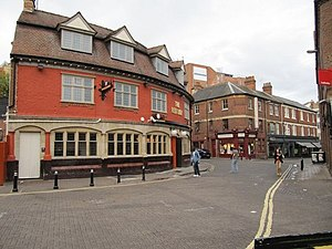 Gloucester Green - Image: The Red Lion geograph.org.uk 1416165