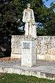 Theodor Diamant statuie Scaeni 1.jpg