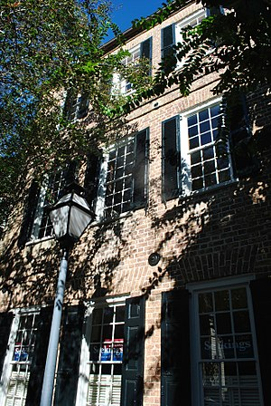 Charleston single house - Image: Thomas Legare House