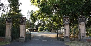 Toowong Cemetery - Main entrance gates, 2009