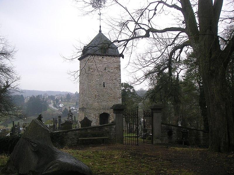 Tour Saint-Martin et le cimetière, Comblain-au-Pont, Belgium