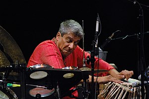Trilok Gurtu - Gurtu performing in Warsaw with Arkè String Quartet