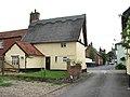 Tudor Rose Cottage - the other side - geograph.org.uk - 1403149.jpg