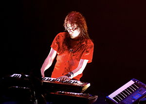 Symphonic metal - Image: Tuomas Holopainen keyboards 1