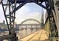 Tyne Bridge, 1960 (15492602371).jpg