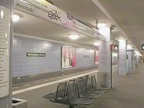 U-Bahn Berlin Weinmeisterstraße.jpg
