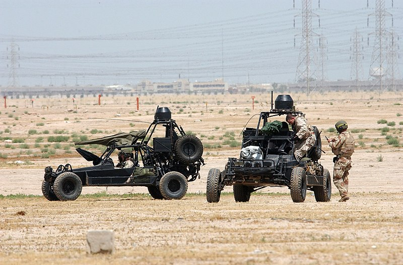 File:US Navy 020413-N-5362A-013 U.S. Navy SEALs (SEa, Air, Land) operate Desert Patrol Vehicles (DPV) while preparing for an upcoming mission.jpg