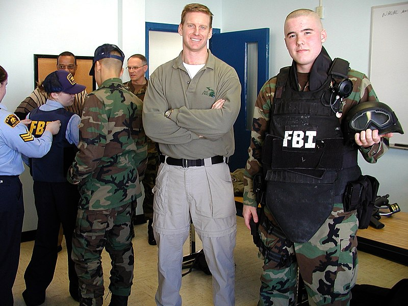 File:US Navy 050123-N-8268S-017 Federal Bureau of Investigation (FBI) Special Agent Dean Kinsman, center, assigned to the Detroit, Mich., Field Office, visit with the U.S. Navy Sea Cadets of Battle Creek's Windward Division.jpg