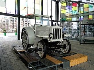 Brașov - First Romanian-made tractor, the IAR 22