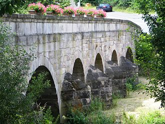 Untersteinach - Old stone bridge over the Untere Steinach river