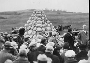 William Henry Cushing - Cushing, far right, speaking at the unveiling of a memorial cairn at Morley, 1927